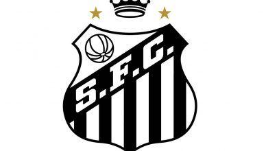 Santos pode mudar seu escudo para homenagear Pelé